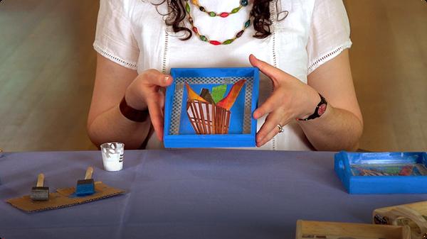 Handi Hour - Decoupage Trays