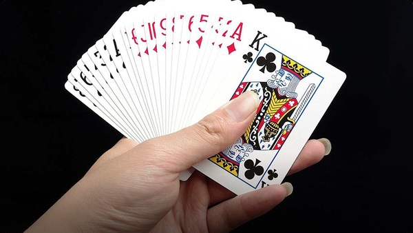 How to Fan Cards for Magic Tricks aka Card Flourishes