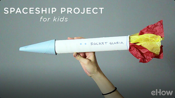 Space Projects for Kids With Paper Towel Tubes