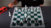 What Is Légal's Pseudo-Sacrifice in Chess?